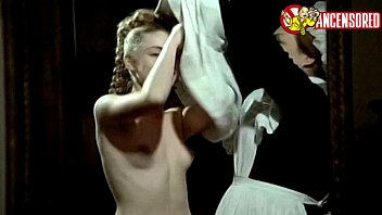 emmanuelle beacute_art nude sequences in un amour interdit 1984