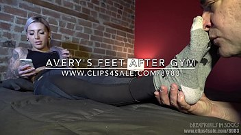 avery039_s feet after gym - dreamgirls.