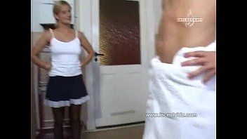 gorgeous and supah-nailing-hot mommy humped by her stepson.