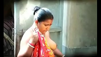 1 bangla aunt-in-law mona arif naughty on webcam.