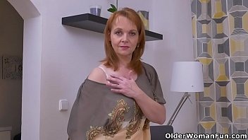 euro cougar elisabeth peels off off and gropes.